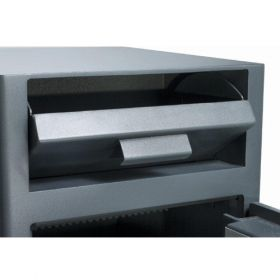 Casa de bani tip seif cu fanta cu cheie sau blocare electronica Omega Deposit CHUBB 16