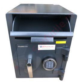 Casa de bani tip seif cu fanta cu cheie sau blocare electronica Omega Deposit CHUBB 19