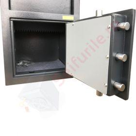 Casa de bani tip seif cu fanta cu cheie sau blocare electronica Omega Deposit CHUBB 23